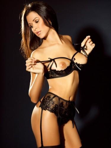 Valerie - Photo: 6