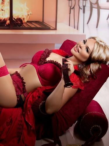 Maria - Photo: 3