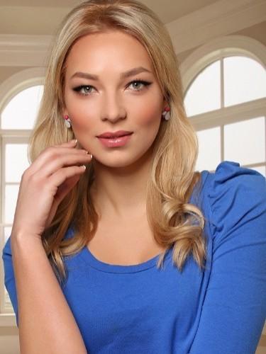 Nastya - Photo: 2